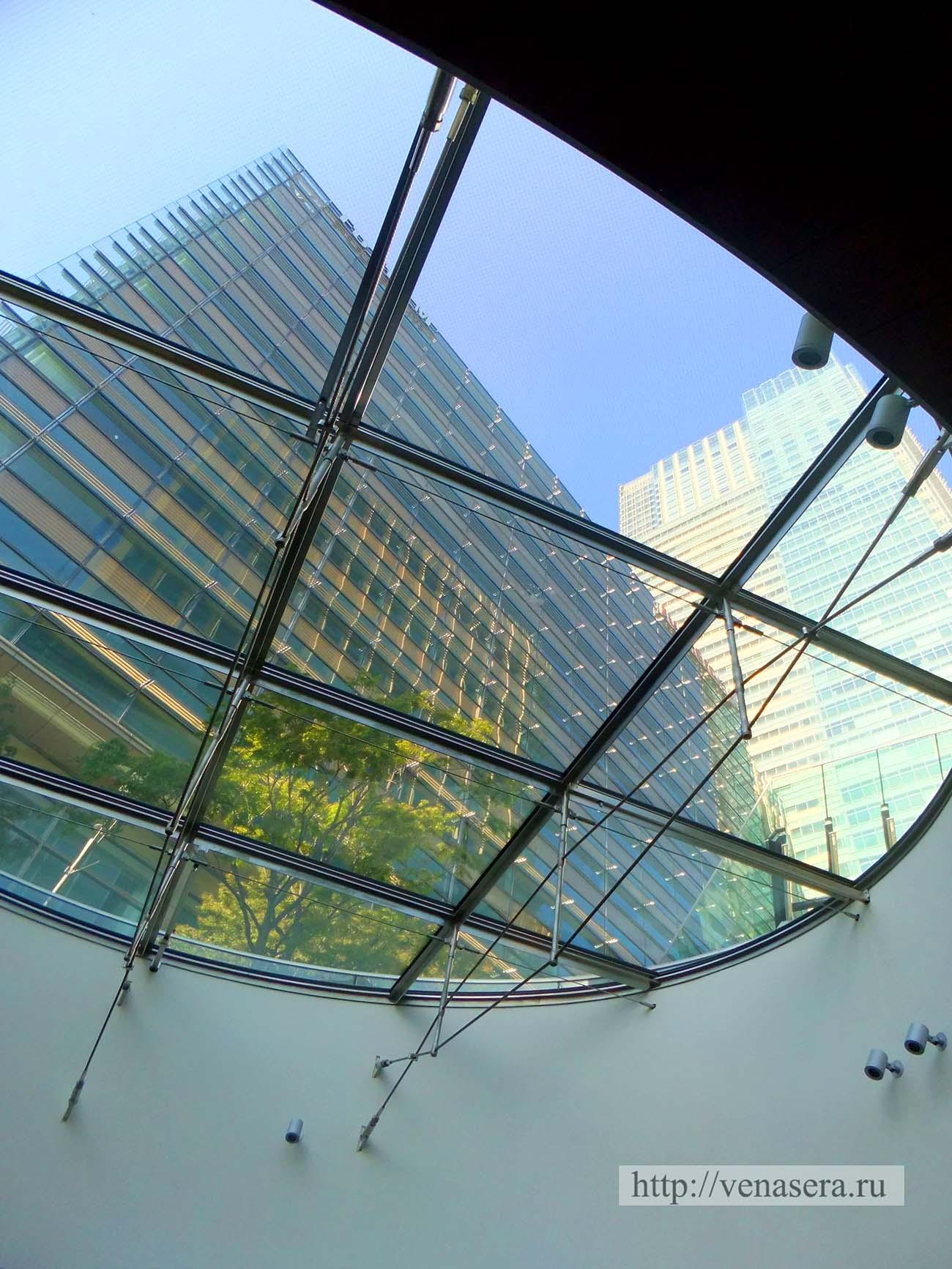 Стеклянная крыша Мидтаун