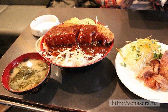 Кацудон в японских ресторанах